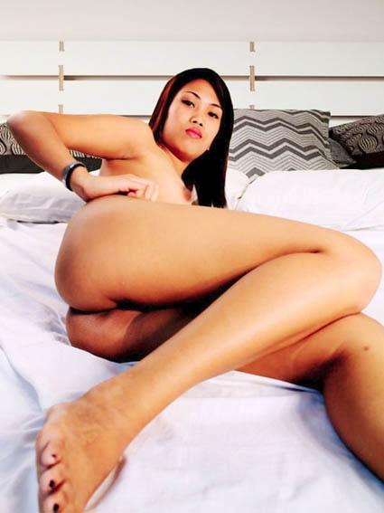 amour au tel gratuit avec jeune transsexuelle asiatique nue
